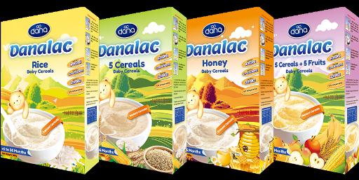 A los cereales sin leche para bebé de DANALAC puede añadirse agua o leche caliente, eligiendo entre cinco variedades.